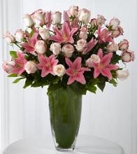 Exquisite Luxury Rose And Lily Bouquet